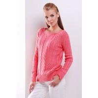 Женский однотонный свитер фактурной вязки кораллового цвета