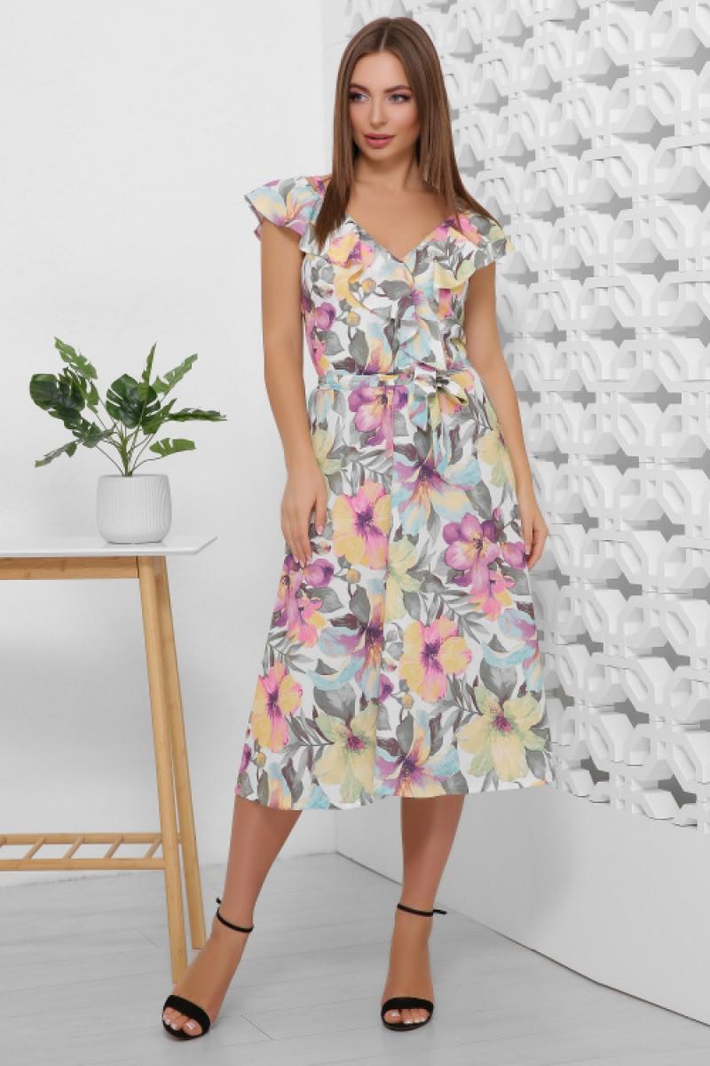 Літнє плаття жіноче красивого кольору на бретелях в квіти