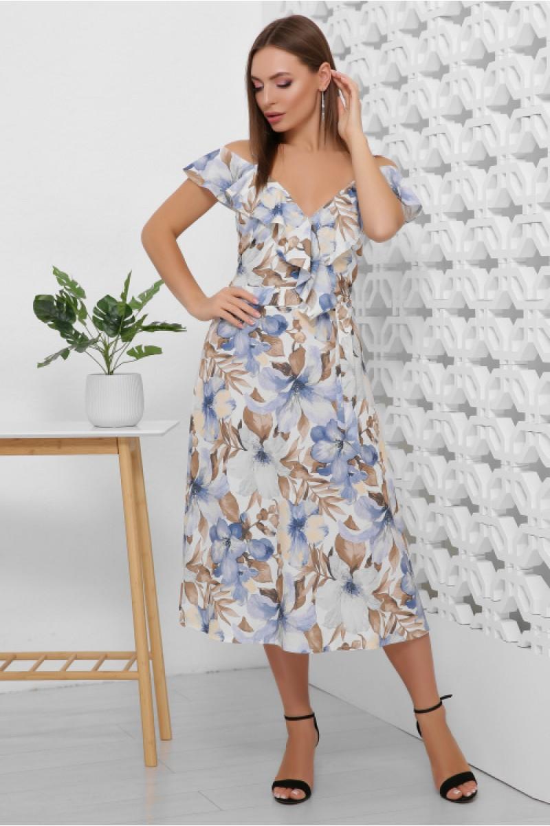Літнє плаття жіноче красивого кольору на бретелях в квіти за коліно