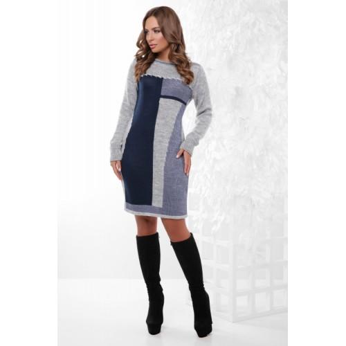 Гарне плаття тепле в'язане сіре