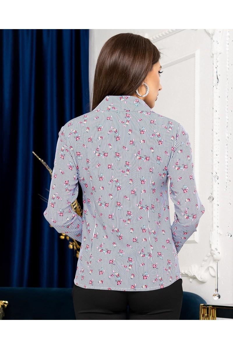 Жіноча сорочка в квіти синя приталена